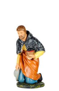 statuina in gesso dipinto a mano per presepi arte barsanti lucca